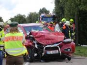 2017-09-17_B300_Memmingen_Steinheim_Frontalzusammenstoss_Feuerwehr_Poeppel-0006