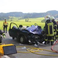 2017-09-27_Unterallgaeu_Boehen-Walddmuehle_Unfall_Feuerwehr_Poeppel-0011