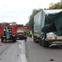 2017-10-06_A7_Dettingen_Berkheim_Lkw-Unfall_Feuerwehr_Poeppel_0001