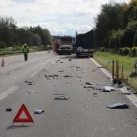 2017-10-06_A7_Dettingen_Berkheim_Lkw-Unfall_Feuerwehr_Poeppel_0019