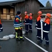 2017-10-06_Unterallgaeu_Zell_Jugend_Feuerwehr_THW_BRK_JUH_Uebung_Feuerwehr-Zell_new-facts-eu_0031