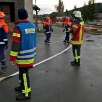 2017-10-06_Unterallgaeu_Zell_Jugend_Feuerwehr_THW_BRK_JUH_Uebung_Feuerwehr-Zell_new-facts-eu_0034