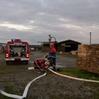 2017-10-06_Unterallgaeu_Zell_Jugend_Feuerwehr_THW_BRK_JUH_Uebung_Feuerwehr-Zell_new-facts-eu_0038