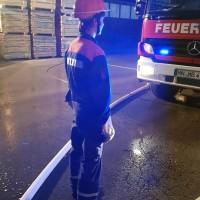 2017-10-06_Unterallgaeu_Zell_Jugend_Feuerwehr_THW_BRK_JUH_Uebung_Feuerwehr-Zell_new-facts-eu_0083