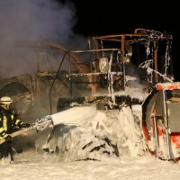 2017-10-10_Biberach_B312_Ringschnait_Hexler-Brand_Feuerwehr_Poeppel_0008