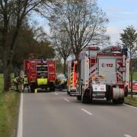 2017-10-10_Unterallgaeu_Tuerkheim_Wiedergeltingen_Zollhaus_Pkw_Baum_Feuerwehr_Poeppel_0001