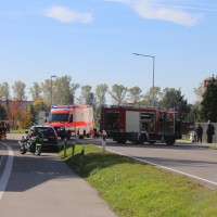 2017-10-13_B300_Heimertingen_Roller_Pkw_Unfall_Feuerwehr_Poeppel_0001
