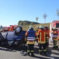 2017-10-14_A96_Leutkirch_Kisslegg_Unfall_Feuerwehr_Rettungshurbschrauber_Poeppel_0003