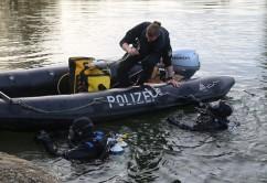2017-10-26_Unterallgaeu_Pfaffenhausen_Polizei-Taucher_Vermisstensuche_Leichenfund_Poeppel-0048