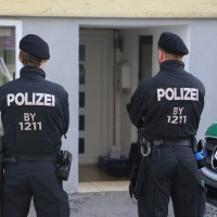 20171019_Memmingen_Groenenbach_Memmingerberg_Trunkelsberg_Kriminalpolizei_Spurensicherung_Durchsuchungsaktion_Poeppel_0012