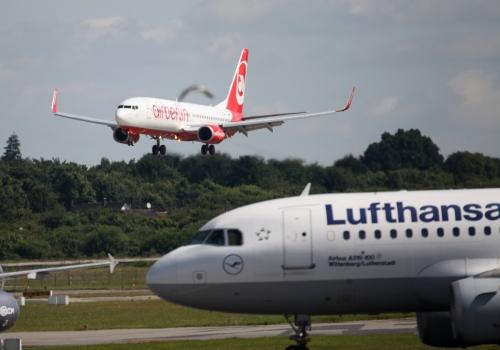 Air Berlin und Lufthansa, über dts Nachrichtenagentur