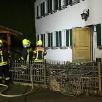 2017-11-03_Unterallgaeu-Ettringen_Siebnach_Brand_Asylunterkunft_Feuerwehr_Poeppel-0009