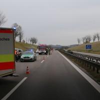 2017-11-05_A96_Mindelheim_Stetten_Transporter_Pkw_Feuerwehr_Poeppel_0009