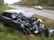 2017-11-10_A96_Stetten_Erkheim_Unfall_Pkw_Lkw_Polizei_Poeppel_0006