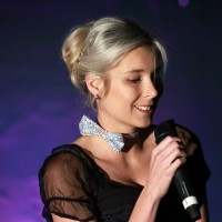 2017-11-10_Joy-of-Voice_JoyofVoice_Cabarett_Travestieshow_Poeppel_2558