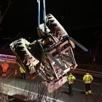 2017-11-20_A7_Dietmannsried_Leubas_Unfall_Traktor_Boeschungsarbeiten_Polizei_Kutter_Poeppel-0018