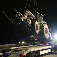 2017-11-20_A7_Dietmannsried_Leubas_Unfall_Traktor_Boeschungsarbeiten_Polizei_Kutter_Poeppel-0044