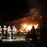 2017-11-27_Unterallgaeu_Ettringen_Brand_REithalle_Feuerwehr_Poeppel_0005