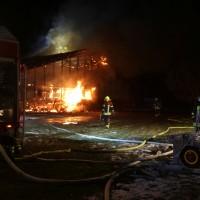 2017-11-27_Unterallgaeu_Ettringen_Brand_REithalle_Feuerwehr_Poeppel_0007