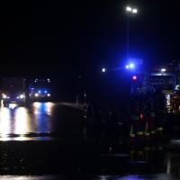2017-11-27_Unterallgaeu_Ettringen_Brand_REithalle_Feuerwehr_Poeppel_0021