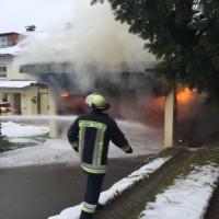 2017-11-29_Lindau_Lindenberg_Westallgaeu_Brand_Garage_Feuerwehr_Raedler_0010