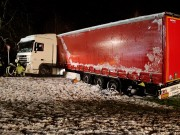 2017-12-14_Oberallgaeu_Kimratshofen_Lkw-Unfall_Schnee_Bergung_Poeppel_03