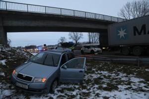 2017-12-21_A7_Dietmannsried_Unfall_Stau_Poeppel_0005