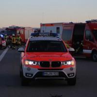2017-12-24_A7_Groenenbach_Woringen_Unfall_schwer_Feuerwehr_Poeppel_0045
