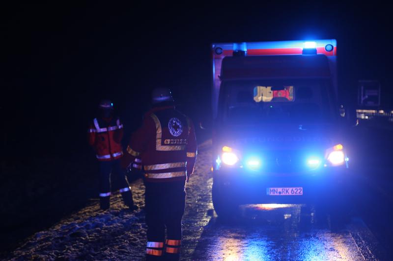 2017-12-27_A96-Aichstetten_Leutkirch_Unfall_Polizei_Poeppel_0002