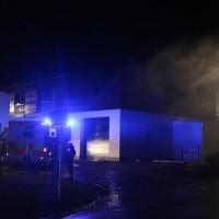 2018-01-04_Ostallgaeu_Irsee_Brand_Schreinerei_Feuerwehr_Poeppel_0033