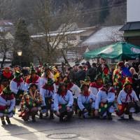 2018-01-21_Erolzheim_Narrenzunft_Deifel-weib_Narrensprung_Poeppel_0005