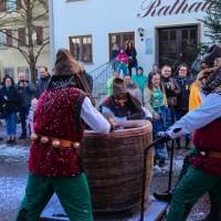 2018-01-21_Erolzheim_Narrenzunft_Deifel-weib_Narrensprung_Poeppel_0055