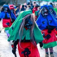 2018-01-21_Erolzheim_Narrenzunft_Deifel-weib_Narrensprung_Poeppel_0273