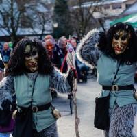 2018-01-21_Erolzheim_Narrenzunft_Deifel-weib_Narrensprung_Poeppel_0482