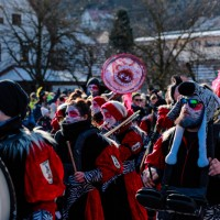 2018-01-21_Erolzheim_Narrenzunft_Deifel-weib_Narrensprung_Poeppel_0610