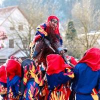 2018-01-21_Erolzheim_Narrenzunft_Deifel-weib_Narrensprung_Poeppel_0753