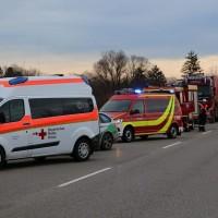 2018-01-26_B12_Marktoberdorf_Frontalzusammenstoss_Feuerwehr_Bringezu_0003