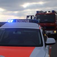 2018-01-26_L300_Tannheim_Egelsee_Unfall_Ueberschlag_Feuerwehr_Polizei_0003
