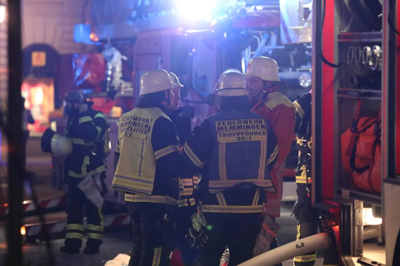 2018-01-28_Memmingen_Brand_Manghausplatz_Feuerwehr_Poeppel_0073