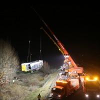 A96_Mindelheim_Stetten_Lkw-Unfall_Bergung_Nacht_Poeppel_0054