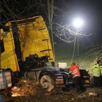 A96_Mindelheim_Stetten_Lkw-Unfall_Bergung_Nacht_Poeppel_0056