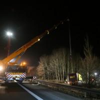 A96_Mindelheim_Stetten_Lkw-Unfall_Bergung_Nacht_Poeppel_0083
