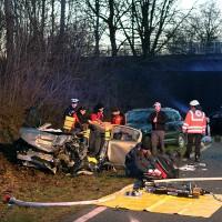 2018-02-04_B312_Berkheim_Edenbachen_Frontalzusammenstoss_zwei_Tote_Feuerwehr_Poeppel_0003