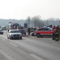 2018-02-06_A7_Altenstadt_Illertissen_Lkw-UNfall_Feuerwehr_Poeppel_0006