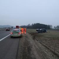 2018-02-06_A96_Holzguenz_Lkw_Autotransporter_Unfall_Polizei_Poeppel_0006