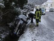 2018-02-12_Altmannsunfall_Pkw_Bach_Achneeglaette_Feuerwehr_Poeppel_0004