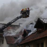2018-02-22_Wangen_Allgaeu_Brand_Mehrfamilienhaus_Feuerwehr_Poeppel_0001