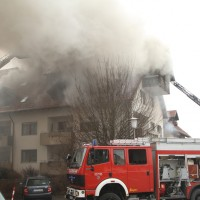 2018-02-22_Wangen_Allgaeu_Brand_Mehrfamilienhaus_Feuerwehr_Poeppel_0017