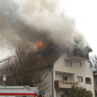 2018-02-22_Wangen_Allgaeu_Brand_Mehrfamilienhaus_Feuerwehr_Poeppel_0039