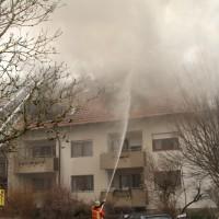 2018-02-22_Wangen_Allgaeu_Brand_Mehrfamilienhaus_Feuerwehr_Poeppel_0056